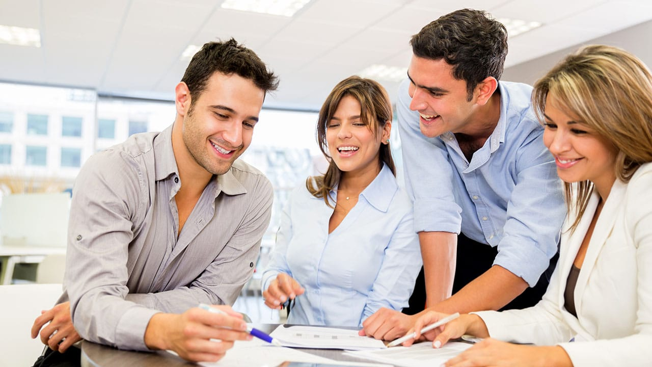 Benchmark your Employee Rewards and Recognition Program